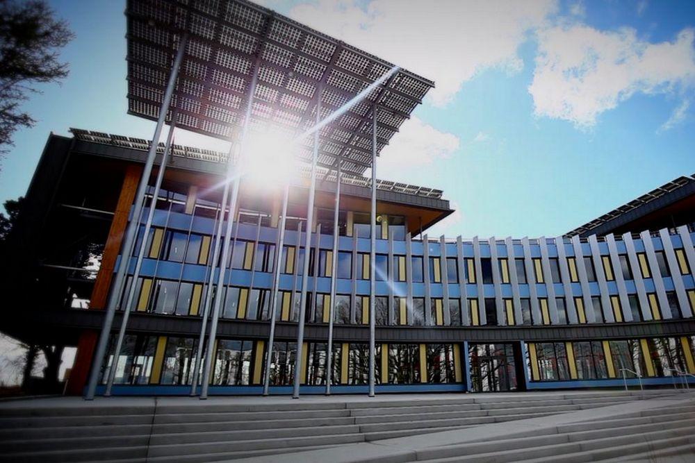 Bâtiment construit de façon écologique